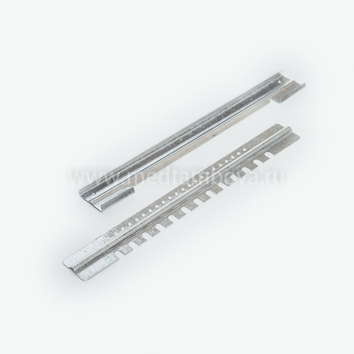 Летковый заградитель 2-Х элементный оцинкованный с отверстием 30*250