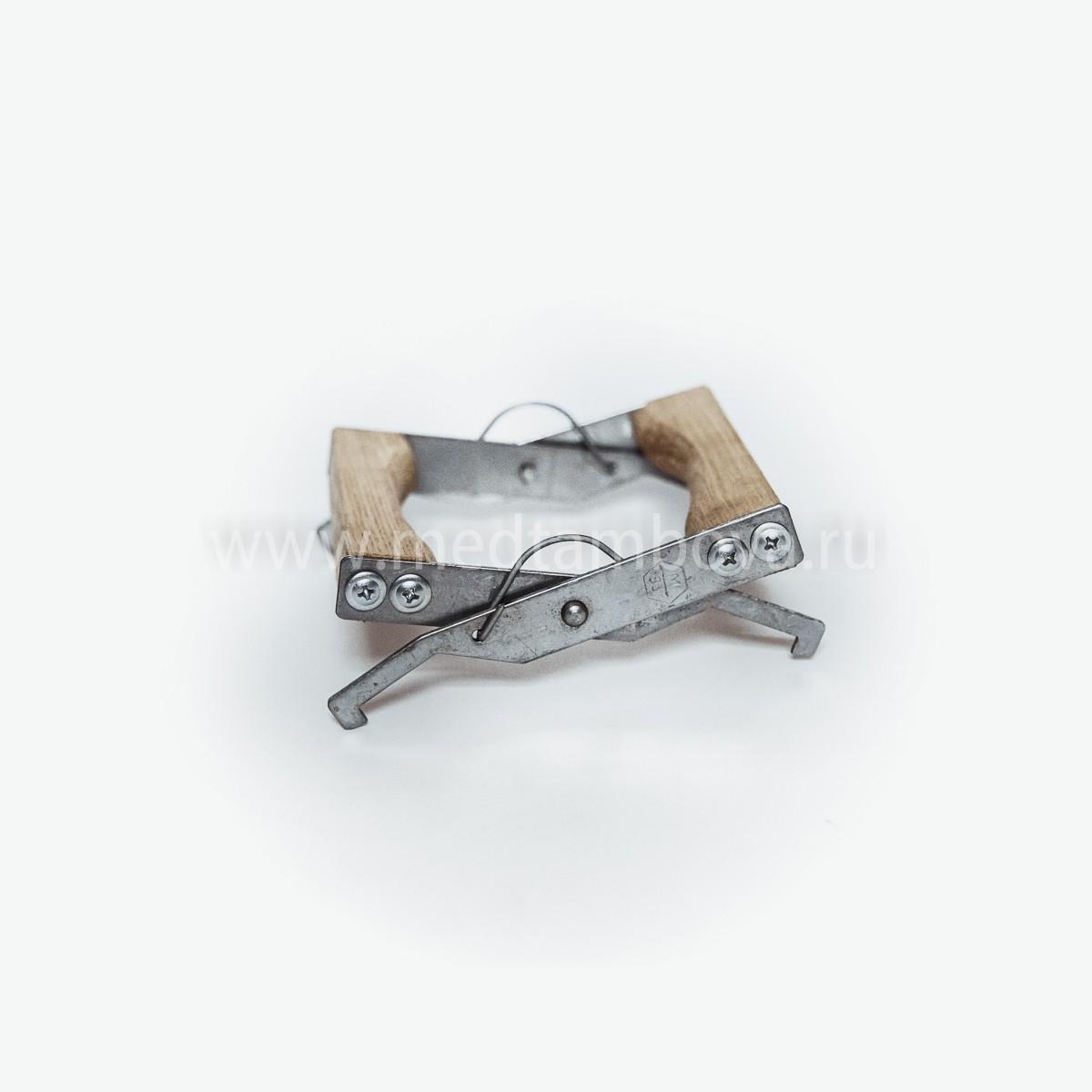 Захват для рамок из нержавейки с деревянной ручкой